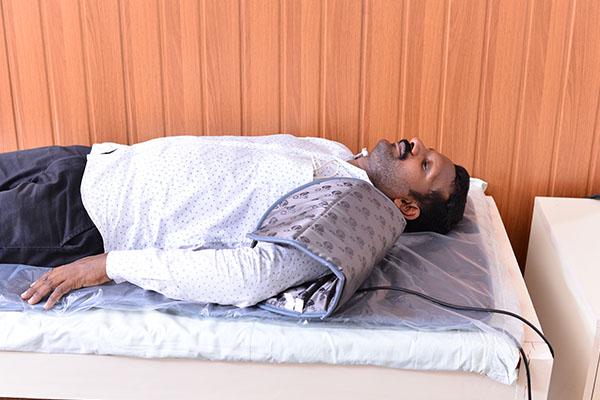 Shoulder Pain treatment using QRS Pillow